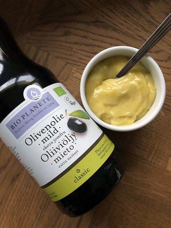 Mayonnaise på mild olivenolie